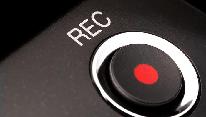 record_button-700x400